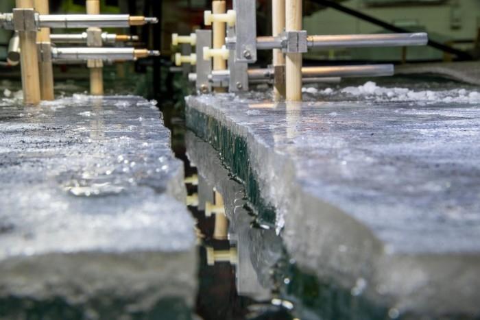 新研究表明关于冰如何断裂的旧规则可能并不总是成立的